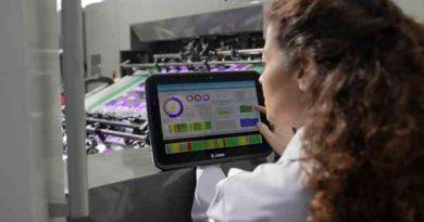Zebra Technologies przedstawia nowe 12-calowe wzmocnione tablety typu 2w1 z systemem Windows